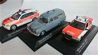 3ks MERCEDES AMBULANCE SET 1:43